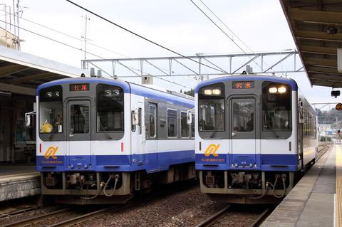 C1002a013