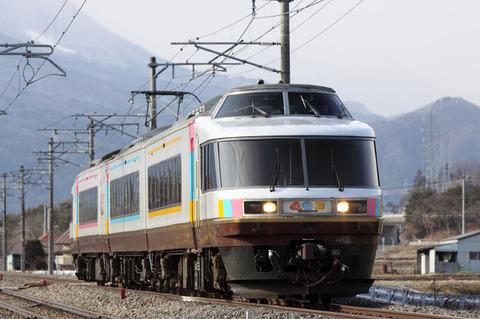 C1002a121